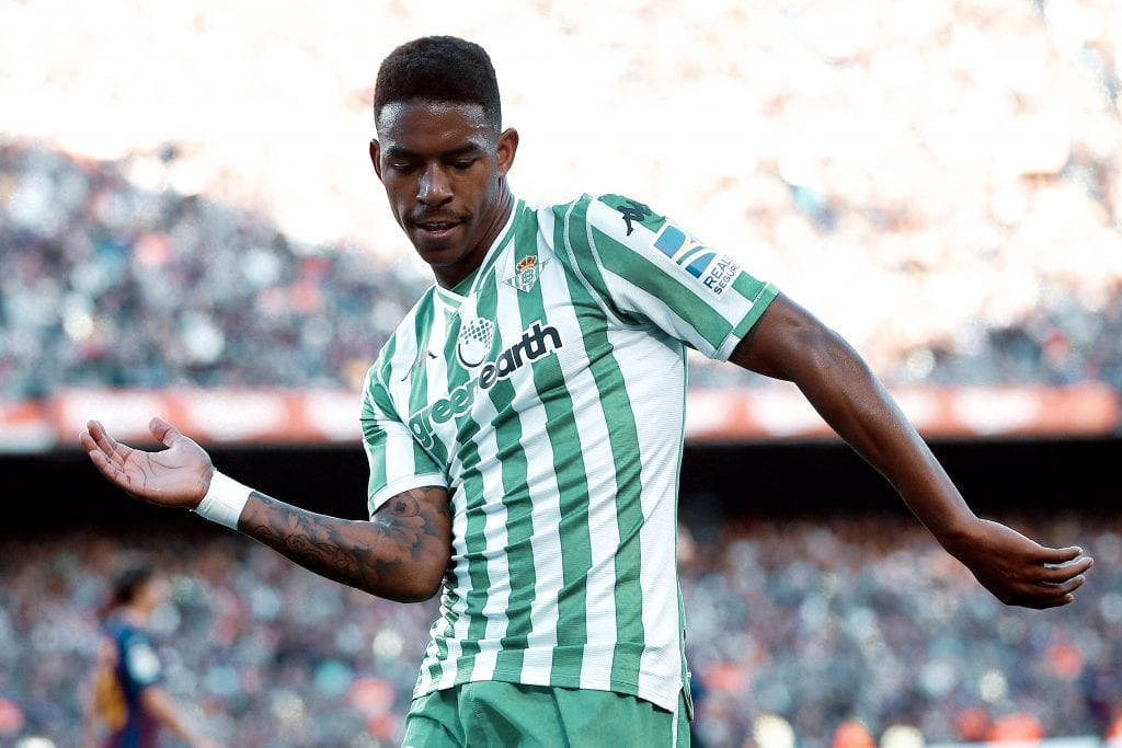 Junior Firpo Betis Barcelona transfer