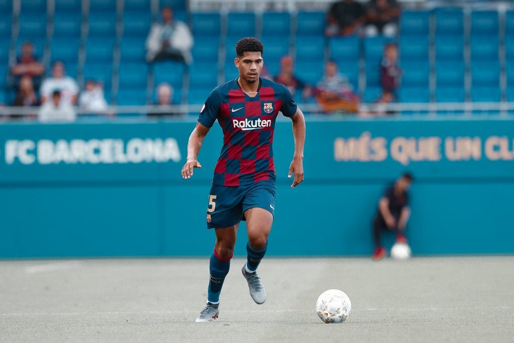 Ronald Araújo Barcelona Gerard Piqué replacements