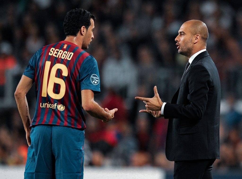 Sergio Busquets Pep Guardiola 2012 controlling