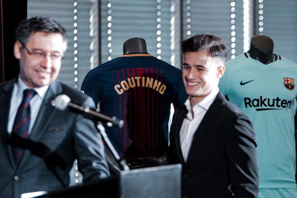 Philippe Coutinho Josep Maria Bartomeu Barcelona Camp Nou whistles