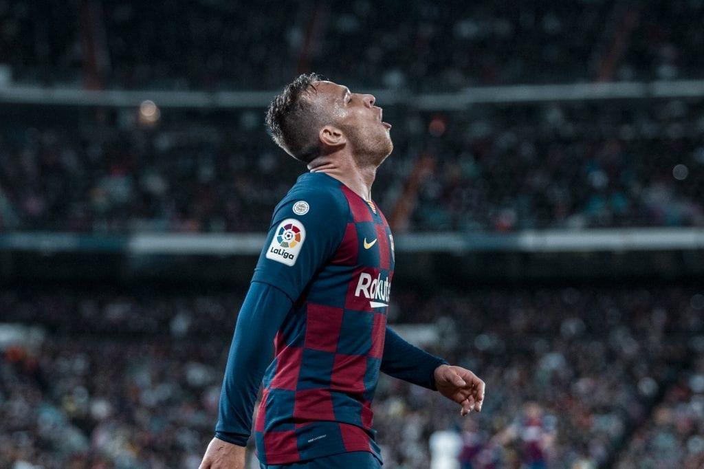 Arthur Melo Barcelona players break
