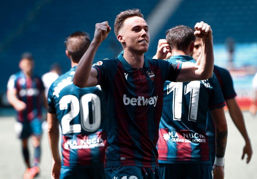 Carlos Clerc Levante Espanyol La Liga matchday 30