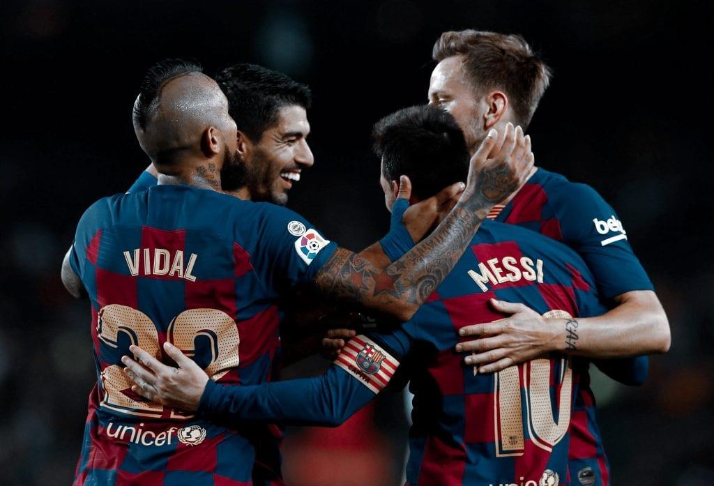 Arturo Vidal Luis Suárez Lionel Messi Iván Rakitić Barcelona Valladolid match preview