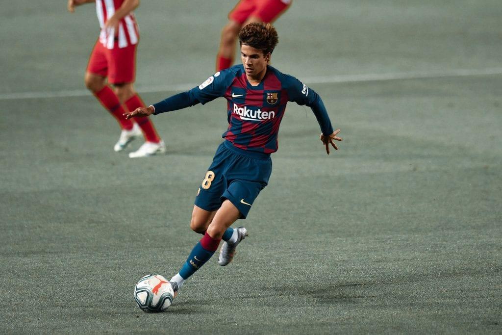 Riqui Puig Barcelona Atlético de Madrid starting XI
