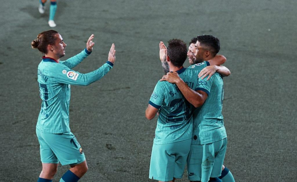 Antoine Griezmann Sergi Roberto Luis Suárez Lionel Messi Barcelona Villarreal takes