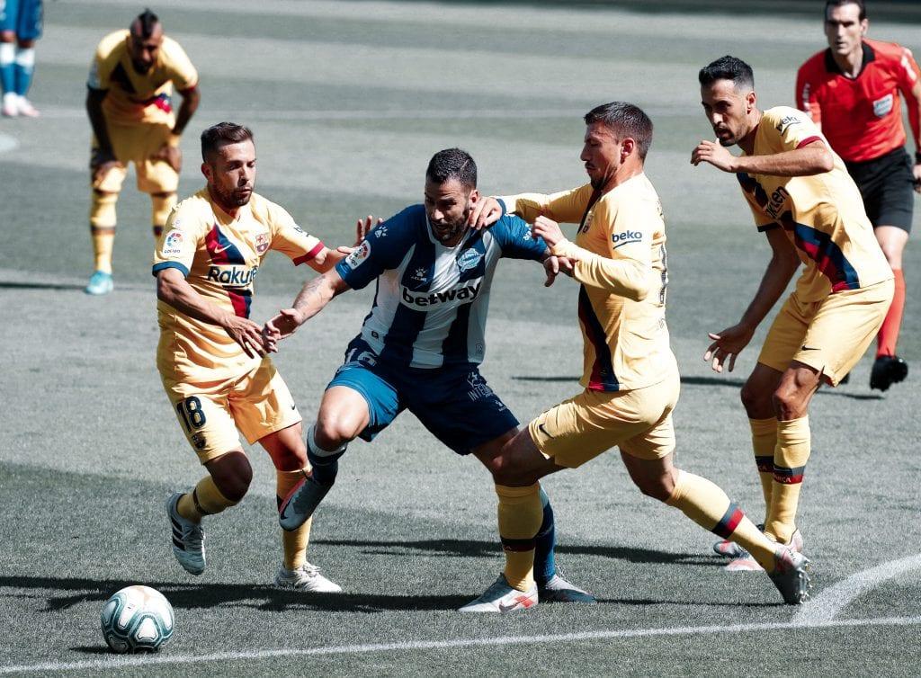 Jordi Alba Édgar Méndez Clément Lenglet Deportivo Alavés Barcelona tactical analysis