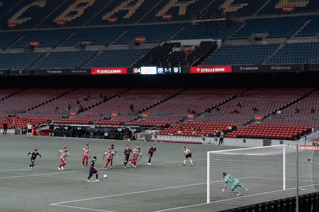 Lionel Messi Barcelona Atlético de Madrid 700 career goals