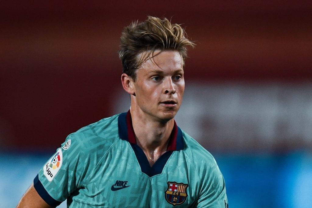Frenkie de Jong Barcelona CA Osasuna predicting final score