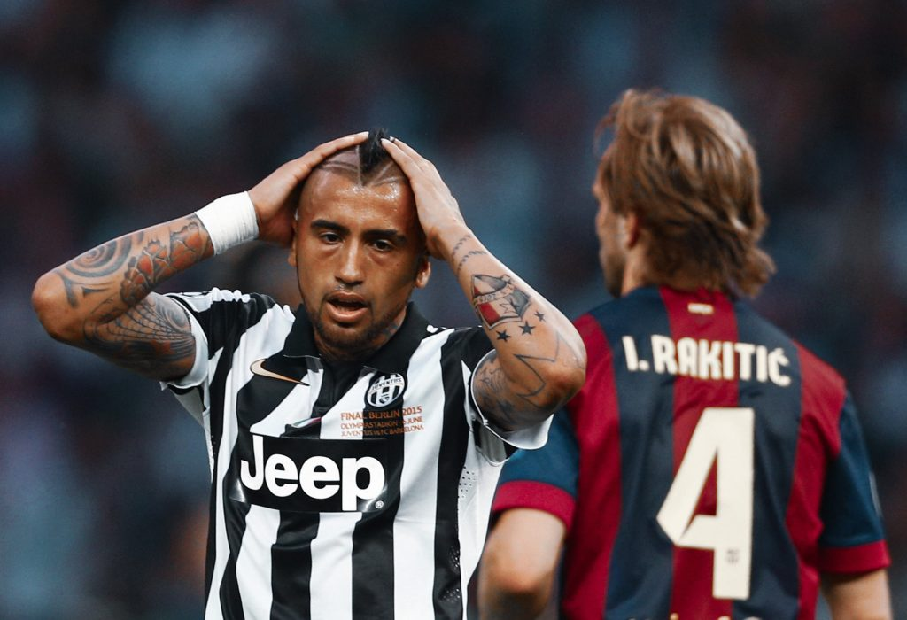 Arturo Vidal Juventus leaves Barcelona