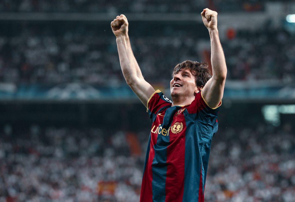 Lionel Messi stays Barcelona