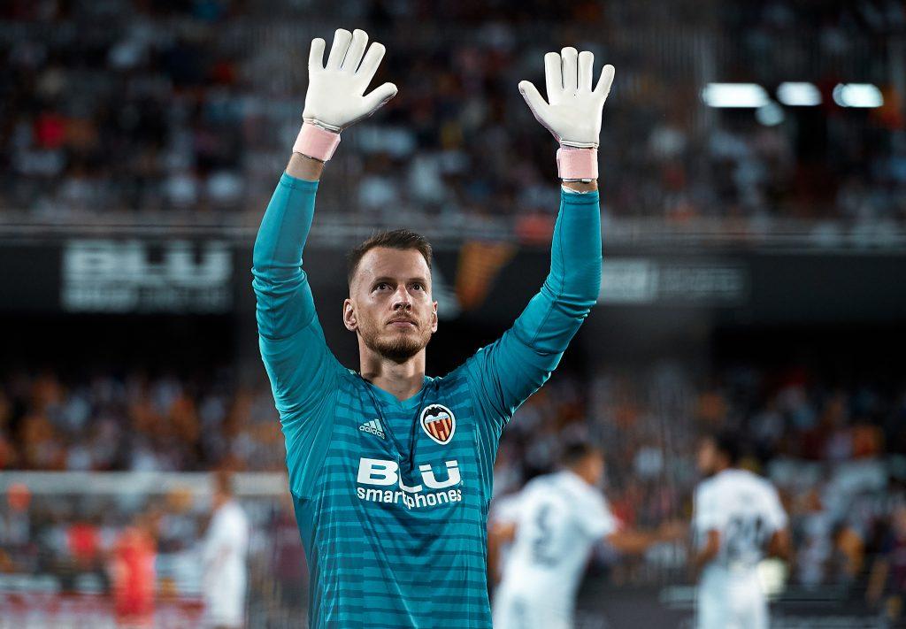 Neto Valencia 19/20 season