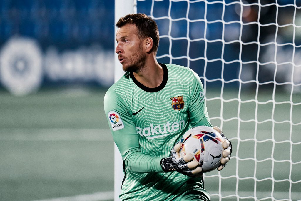 Neto Barcelona transfer window january