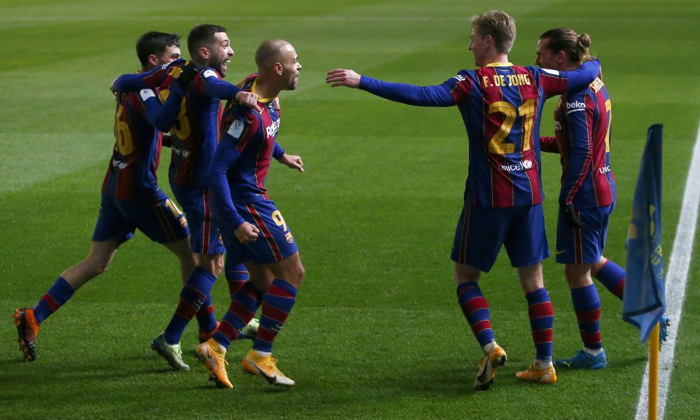 Papers: Barcelona will play a Superclásico against ...